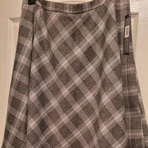 NWT Tahari mini skirt